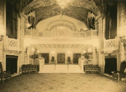 Powerhouse Museum Main foyer of Regent Theatre, Melbourne, 1924 - 1934